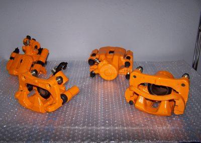 Dieses Bild soll den Kunden vermitteln das wir auch Bremssättel pulverbeschichten mit Demontage aller relevanten Anbauteile in der Hobby- und Mietwerkstatt in Düren-Lendersdorf