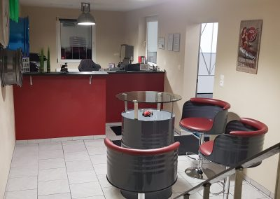 Dieses Bild zeigt unseren Aufenthaltsbereich und Büro der Hobby- und Mietwerkstatt Delong in Düren-Lendersdorf